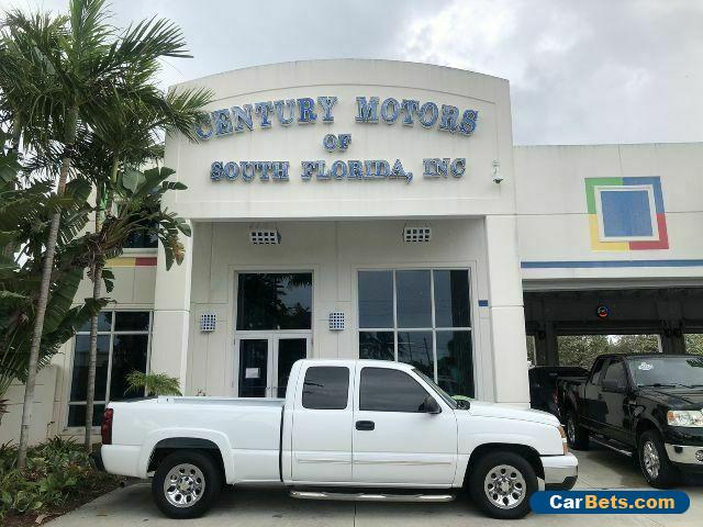 2007 Chevrolet Silverado 1500 LS 4 Door Ext Cab Tow Hitch CD Cloth Cruise NEW TIRES for Sale