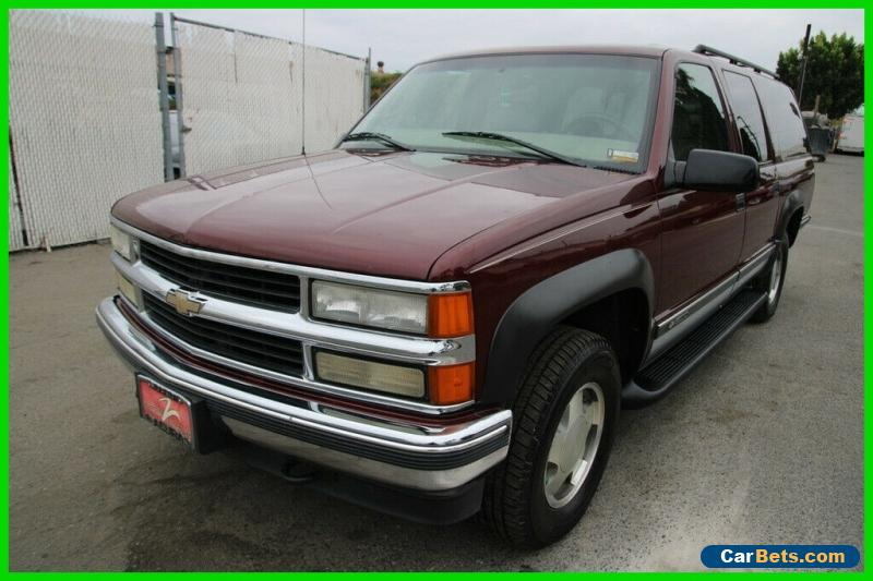 1999 Chevrolet Suburban 4dr K1500 LT 4WD SUV for Sale