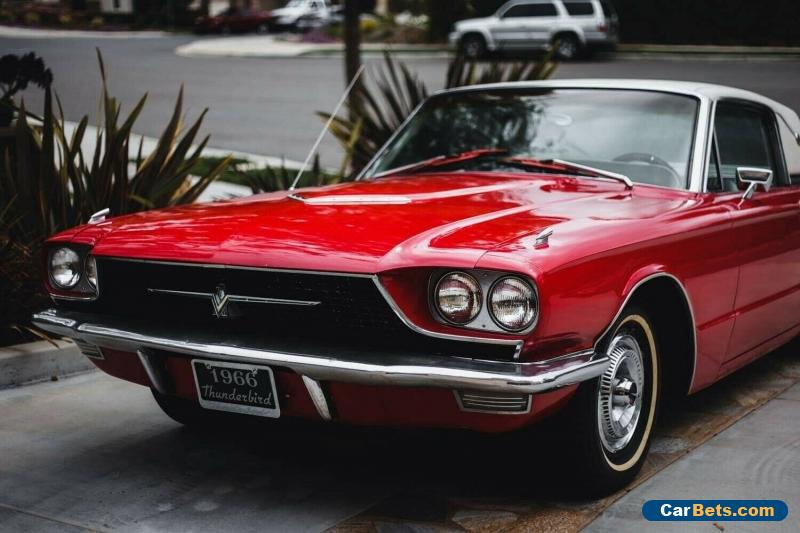 1966 Ford Thunderbird White Original - CLEAN for Sale