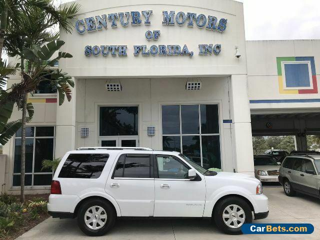 2005 Lincoln Navigator Luxury Heated & Cooled Seats 3rd Row 7 Pass Nav 4x4 for Sale
