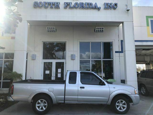 2003 Nissan Frontier XE, extended cab, cloth interior, no accidents, CD Player for Sale