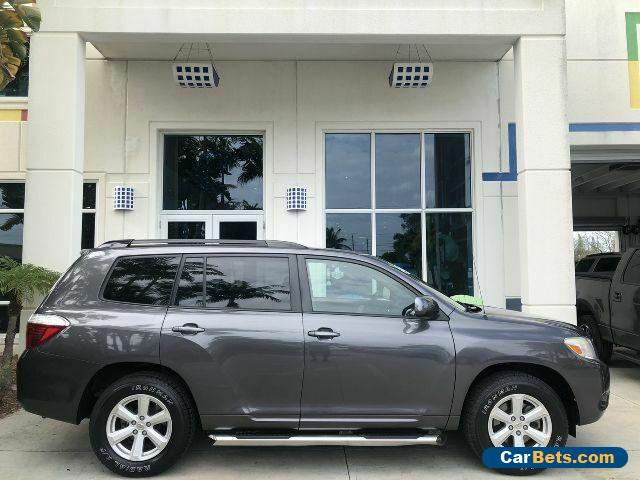 2008 Toyota Highlander CARFAX 1 owner, v6, low miles, cloth interior, 3rd row seating for Sale