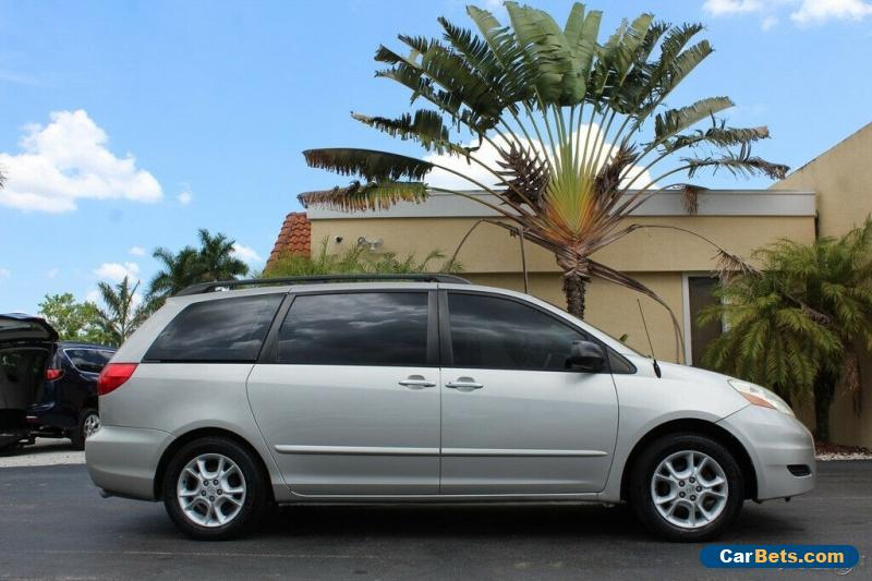 2006 Toyota Sienna CE for Sale